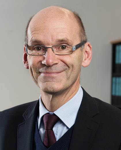Porträtfoto von Dr. Ulrich Walwei