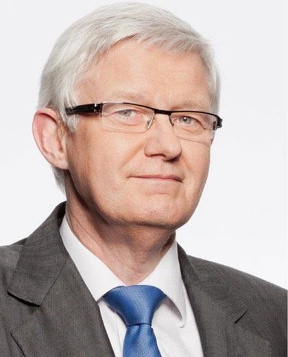 Porträtfoto von Prof. Dr. Werner Widuckel