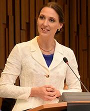 Valerie Holsboer, Vorstandsmitglied der Bundesagentur für Arbeit (BA)