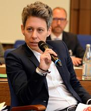 Dr. Julia Borggräfe vom Bundesministerium für Arbeit und Sozial (BMAS)