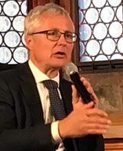 """Dr. Klaus-Peter Potthast, Leiter der Abteilung """"Wirtschaftspolitik, Koordination, Industrie"""" im Bayerischen Staatsministerium für Wirtschaft, Landesentwicklung und Energie"""