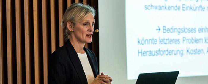 Dr. Monika Queisser leitet die Abteilung Sozialpolitik bei der OECD.