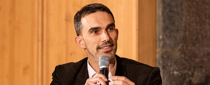 Prof. Dr. Markus Beckmann ist Inhaber des Lehrstuhls für Corporate Sustainability Management an der Friedrich-Alexander-Universität Erlangen-Nürnberg.